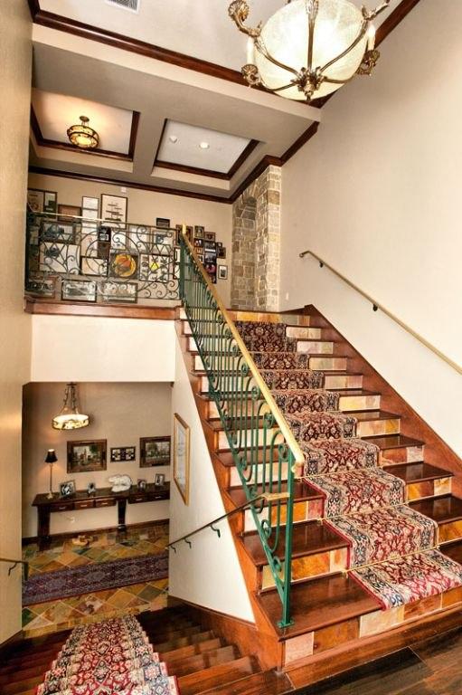 comm-Brass-Handrailing-for-Stairway